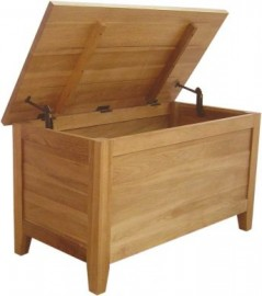 MODERN SHAKER OAK BLANKET BOX